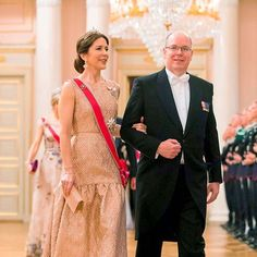 May 8,2017: Crown Princess Mary and Prince Albert of Monaco attend a gala dinner at the Royal Palace in Oslo, to mark the 80th Birthday of the King Harald and Queen Sonja. - #princessmary #princessmaryofdenmark #crownprincessmary #crownprincessmaryofdenmark #marydonaldson #hrhprincessmary #weadmiremarydonaldson #princefrederik #princechristian #princessisabella #princessjosephine #princevincent #royals #denmark #2004 #royalfamilies #royalfamiliesofeurope #europeroyals #danishroyals…