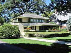 Frank Lloyd Wright's Ingalls House Hits Market With $1.3M Ask & Delightfully Retro Listing Photos - Wright Stuff - Curbed Chicago