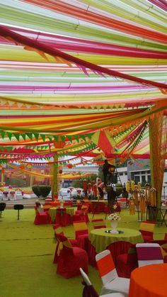 Best site to plan a modern Indian wedding, WedMeGood covers real weddings… Wedding Mandap, Wedding Stage, Wedding Events, Wedding Reception, Wedding Dress, Tent Decorations, Indian Wedding Decorations, Wedding Table Setup, Mehndi Decor