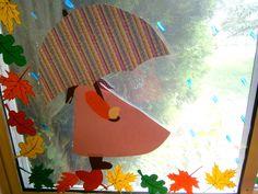 Λίγο πριν μπουν τα καινούρια παιδιά στην τάξη , σκεφτήκαμε , συνεργαστήκαμε , τρέξαμε , δημιουργήσαμε . Τελικά τα προλάβαμε όλα . ... Fall 2018, Projects To Try, Classroom, Halloween, Blog, School, Kindergarten, Windows, Autumn Leaves