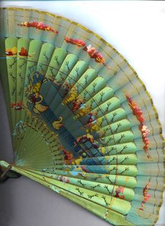 VINTAGE LADIES FAN Made in Cuba