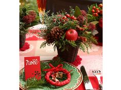 ギフトにもなる! クリスマスのテーブルアレンジ