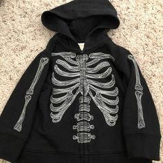 Gymboree black skeleton Halloween hoodie on Mercari Swaggy Outfits, Edgy Outfits, Mode Outfits, Grunge Outfits, Pretty Outfits, Fashion Outfits, 00s Mode, Mode Emo, Mode Hipster