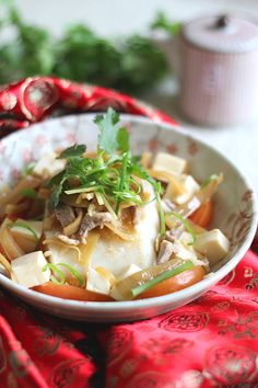 Teochew steamed fish is easy to make at home and the ingredients are relatively easy to get. Easy Asian Recipes, Easy Delicious Recipes, Fish Recipes, Seafood Recipes, Indian Food Recipes, Appetizer Recipes, Cooking Recipes, Healthy Recipes, Dinner Recipes