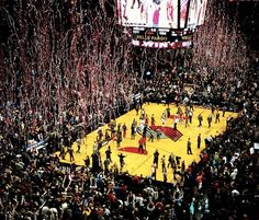 The Rose Garden is one of the best basketball arenas anywhere. | 15 Reasons Every Single American Should Be Rooting For The Portland Trail Blazers