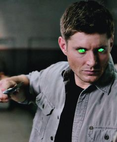 "Dean Possessed by the wicked witch ""Slumber Party"" Smallville, Demon Trap, Supernatural Season 9, Sam And Dean Winchester, Army Men, Television Program, Slumber Parties, Misha Collins, Destiel"