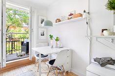 Un piso IDEAL para 2! | Decorar tu casa es facilisimo.com Ikea Norden Table, Norden Gateleg Table, Ikea Table, Boho Deco, Ideas Para Organizar, Dinning Table, Interiores Design, Interior Inspiration, Home Goods