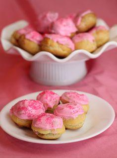 pretty cream puffs