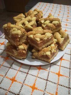 Szeretitek a mamikaféle almás rácsos sütit? Az enyém épp most készült el - Egyszerű Gyors Receptek
