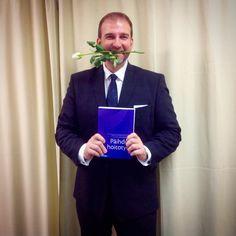 Happy co-author. #writer #author #book #textbook #bookstagram #booklover #bookaholic #nursing #murse #teacher #finnishman #suit #men #style #menswear #menstyle #white #rose #happy  janholmberg.weebly.com