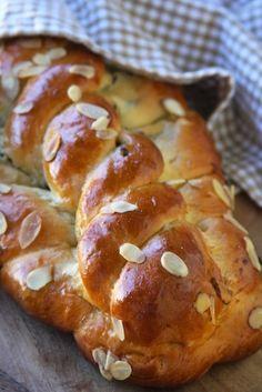 Vanocka – Traditional Czech Sweet Bread