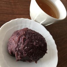 Ohagi (sweet beans and rice ) for deserts Itadaki masu