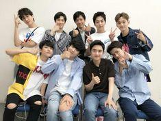 사랑합니다 我愛你們 I love them Kyungsoo, Yixing Exo, Exo Chanbaek, Hyun Kim, Kim Min Seok, Kim Jong In, D O Exo, Exo Group Photo, Gonna Miss You