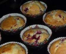 Recipe Coconut & Raspberry Muffins by alli2510 - Recipe of category Baking - sweet