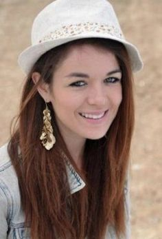 soooo good in house of anubis and i luv her style !!!!!