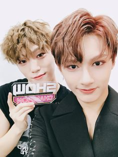 Image discovered by SEVENTEEN DAESANG. Find images and videos about Seventeen, mingyu and jeonghan on We Heart It - the app to get lost in what you love. Seungkwan, Wonwoo, Jeonghan, Seventeen Vlive, Vernon Seventeen, Seventeen Performance Unit, Baby Dino, Seventeen Wallpapers, Precious Children