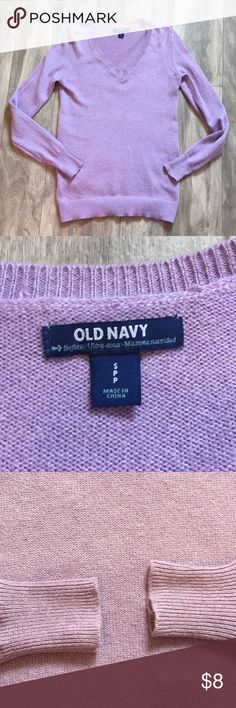 Lilac colored sweater Size small. Very warm and comfortable. Purchased a while back from another posher and I wore it once. Just rotating my closet. Good used condition with no flaws. Bundle with any other item in my closet and save 20%! Old Navy Sweaters V-Necks