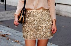 Gold sequin skirt | I'm going to wear one of these to Christmas for sure!