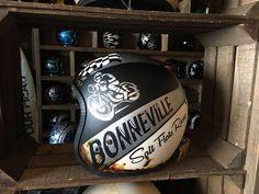 GOOD LIFE & GOOD TASTE: Bonnie-helmet
