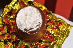 """""""Tête-de-Choco"""" A classic of Swiss chocolate treat : a fine mousse covered with a thin layer of milk chocolate. One of the typical Swiss symbols! Swiss Chocolate, Chocolate Treats, Switzerland, Mousse, Milk, Pudding, Symbols, Cake, Classic"""