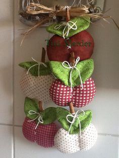 Enfeite para cozinha - maçãs
