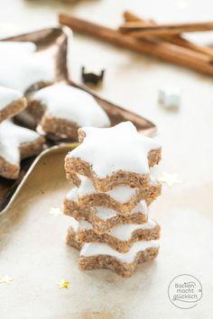 The best cinnamon star recipe Baking makes you happy- Das beste Zimtsterne-Rezept Holiday Appetizers, Holiday Desserts, Fun Desserts, Holiday Recipes, Elegant Desserts, Christmas Dishes, Christmas Sweets, Christmas Baking, Almond Recipes