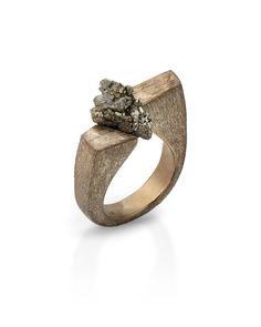 Shiva ring, bronze and raw pyrite, unique piece handmade. www.sarojdesignjewelry…