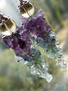 Cluster earrings multicolor stone earrings green purple blue fluorite earrings long earrings stone chips jewelry women gift for her gift mom gemstoneearrings Gemstone Earrings, Beaded Earrings, Earrings Handmade, Beaded Jewelry, Gold Earrings, Body Jewelry Shop, Stone Chips, Bijoux Diy, Jewelry Gifts