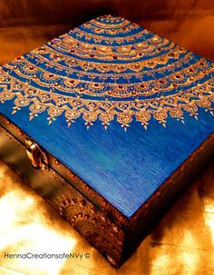 Zaffre Blue Mandala Keepsake Jewelry Box, Hand- Painted in gold accents and Gemstones. - Cerulean Blue Mandala Keepsake Jewelry Box Hand Painted in - Painted Wooden Boxes, Painted Jewelry Boxes, Hand Painted, Cute Storage Boxes, Mehndi Art Designs, Decoupage Furniture, Thrift Store Crafts, Art N Craft, Altered Boxes
