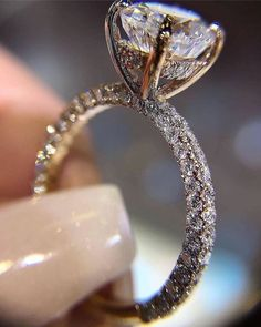 dos sonhos 20 Affordable Engagement Rings + Size/Shape Guides To Assist You In Making The P. 20 Affordable Engagement Rings + Size/Shape Guides To Assist You In Making The Perfect Selection — Select Jewelry Leaf Engagement Ring, Modern Engagement Rings, Wedding Jewelry, Wedding Rings, Selfie, Gold Bands, Unique Rings, Or Rose, Solitaire Diamond