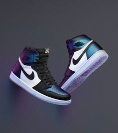 Fashion sneakers are available for you in our Air Jordan 1 High online store! Air Jordan 1 High OG All Star are of great quality and have a unique setting to make you be different in the crowd! Jordan Shoes Girls, Air Jordan Shoes, Girls Shoes, Sneakers Nike Jordan, Jordan Outfits, Running Sneakers, Shoes Women, Sneakers Fashion, Fashion Shoes