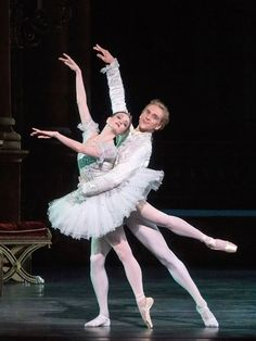 Gillian Murphy and David Hallberg in Cinderella