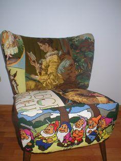 Ondanks dat de stoel verkocht is, blijft het toch mijn stoeltje. Met veel liefde gemaakt en wat moest ik puzzelen zeg. Vintage borduurwerken hergebruik!