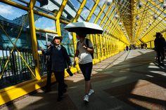Уличные фотографии 📷 В поисках хорошего кадра | OKEBLOG Fair Grounds, Louvre, Building, Travel, Viajes, Buildings, Destinations, Traveling, Trips