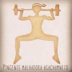Pingente Malhadora Agachamento, ouro 18k, disponível em vários tamanhos. Desenho registrado Brasil e USA.  Work Out Girl Pendant in 18k Gold, registered design Brazil an USA