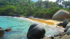 Oh my god, ya me voy. Columbia Country, Tayrona National Park, Tropical Vibes, Island Beach, Pretty Pictures, Trip Planning, Travel Inspiration, Cruise, National Parks