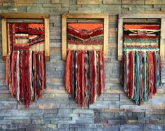 Woven wall hanging MADE TO ORDER. Made in Chile with natural wool, wood and driftwood from Lago Puyehue. Price includes the three of them. It takes me 3 weeks to do it and three more weeks the delivery. Weaving Textiles, Weaving Art, Tapestry Weaving, Loom Weaving, Hand Weaving, Weaving Wall Hanging, Tapestry Wall Hanging, Wall Hangings, Circular Weaving