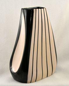 Petrus Regout, Sphinx, (Maastricht, Holland), Wim Visser vase