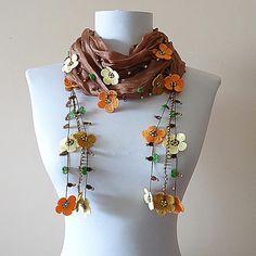Crochet Garland, Crochet Motif, Crochet Doilies, Crochet Flowers, Knit Crochet, Crochet Patterns, Embroidery Suits Design, Hand Embroidery Designs, Women's Bandanas