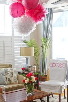 Special seat for the mommy-to-be.  Photographer Rossi makes my house look great!