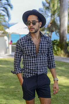 Beach Outfit accesories with Sunglasses & hat— Mens Fashion Blog - The Unstitchd