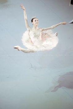 Svetlana Zakharova , grand jete'
