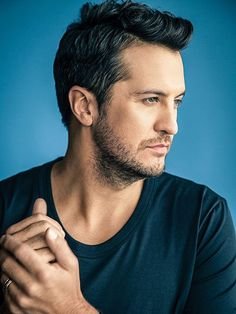 Luke Bryan, Country Star, on His Expanded Family Male Country Singers, Country Music Artists, Country Music Stars, Luke Bryan Family, Luke Bryan Pictures, Chris Young, Tim Mcgraw, Boy George, Country Boys