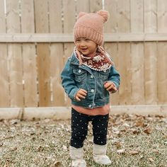 Photo shared by Elyse Hutchinson New Grandparents, Cute Baby Girl Outfits, Unique Baby Gifts, Gifts For New Parents, Baby Gift Sets, Stylish Baby, Little Girl Fashion, Baby Bibs, Feminine Style