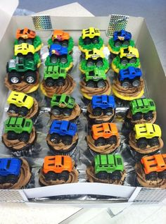 Diy DIY Monster Truck Cupcakes with Dollar Tree mini monster trucks Monster Truck Cupcakes, Monster Truck Party, Monster Trucks, Car Cupcakes, Monster Truck Birthday Cake, Monster Jam, Third Birthday, Boy Birthday, Cake Birthday