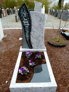 Memorial Flowers, Memorial Stones, Tombstone Designs, Travelers Rest, Grave Decorations, Scarlett Rose, Funeral Planning, Diy And Crafts, Memories