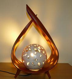 Palmblattlampe mit Keramikkugel Table Lamp, Lighting, Handmade, Home Decor, Nice Things, Objects, Nice Asses, Table Lamps, Hand Made