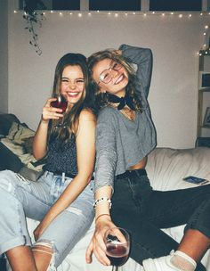 Life is better with best friends // Picture from Amy Van den bossche