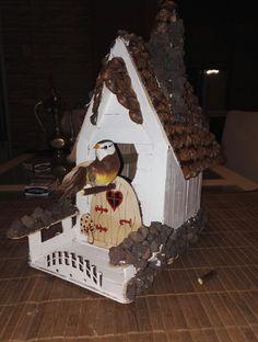 El yapımı kuş evi