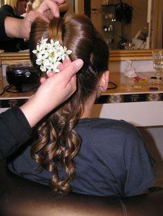 długie, proste włosy